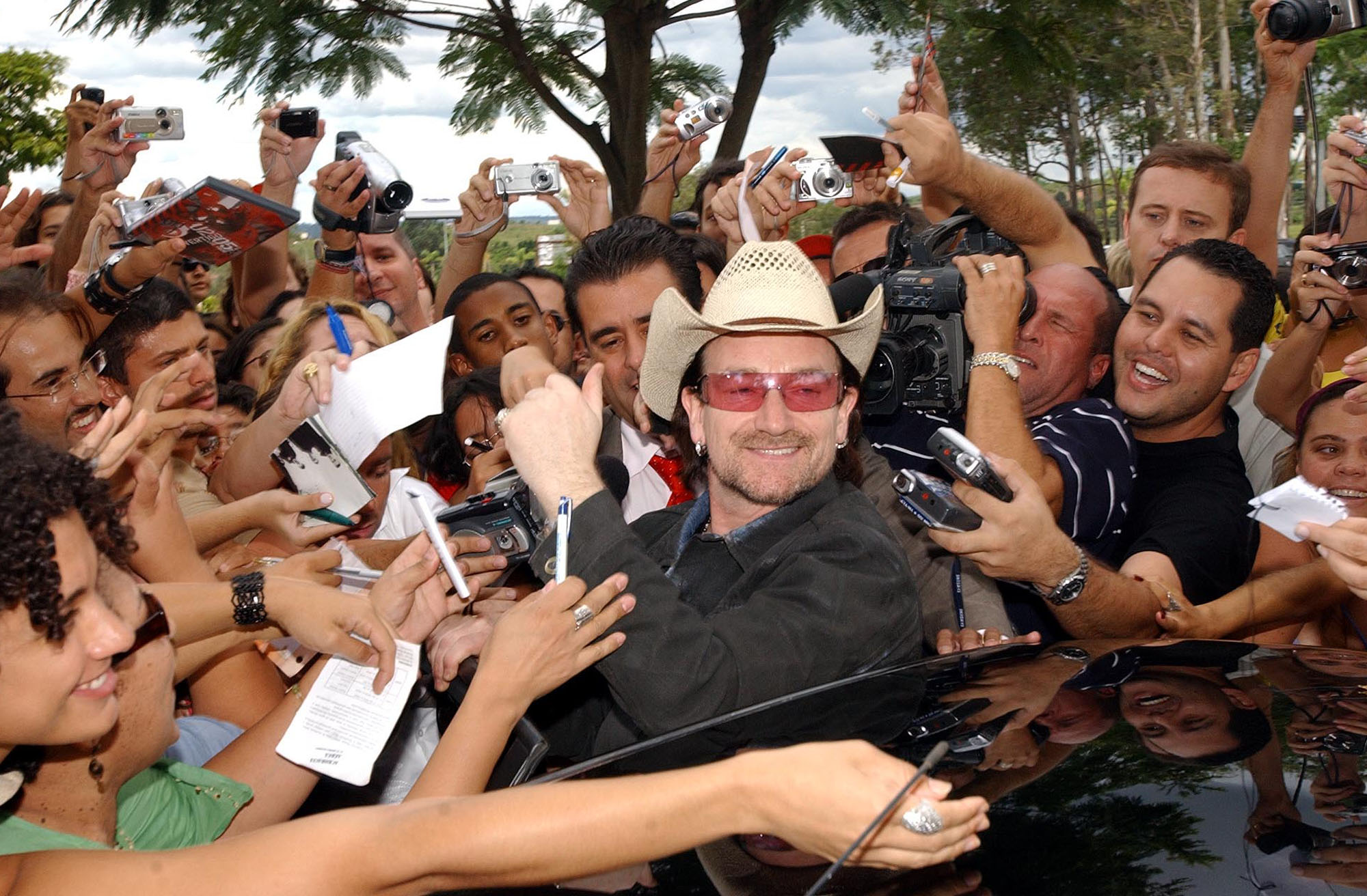 Bono and Fans