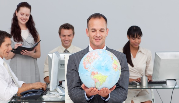 Easy Global Expansion: One of the Advantages of Selling Online